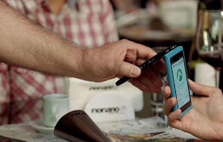 Celular já pode ser usado como carteira virtual no Brasil