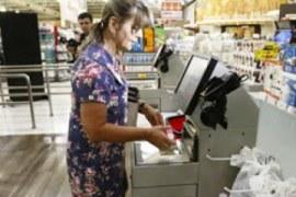 Supermercados adotam tecnologia para agilizar atendimento