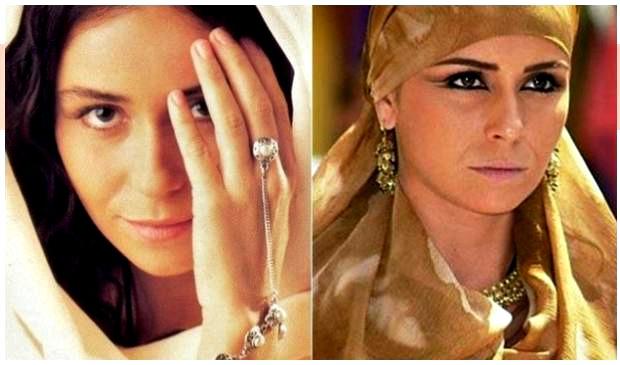 Jade, personagem de O Clone. que ditou tendências de moda em 2001
