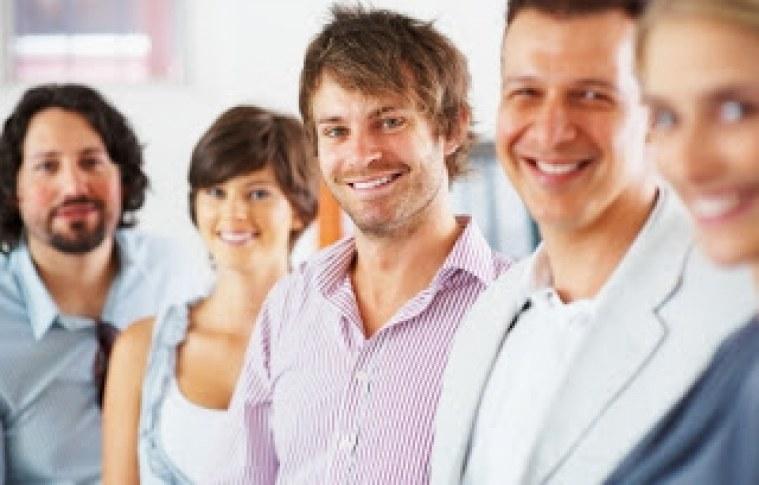 5 dicas para elogiar os funcionários e aumentar a produção