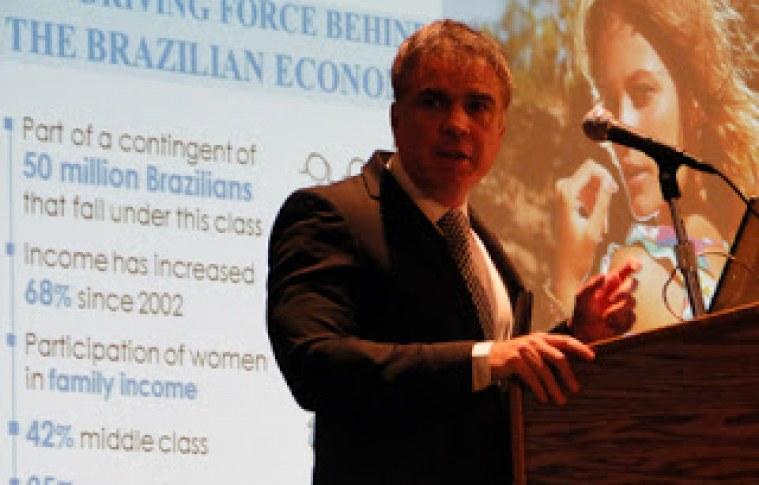 Riachuelo: case brasileiro para gringo ver