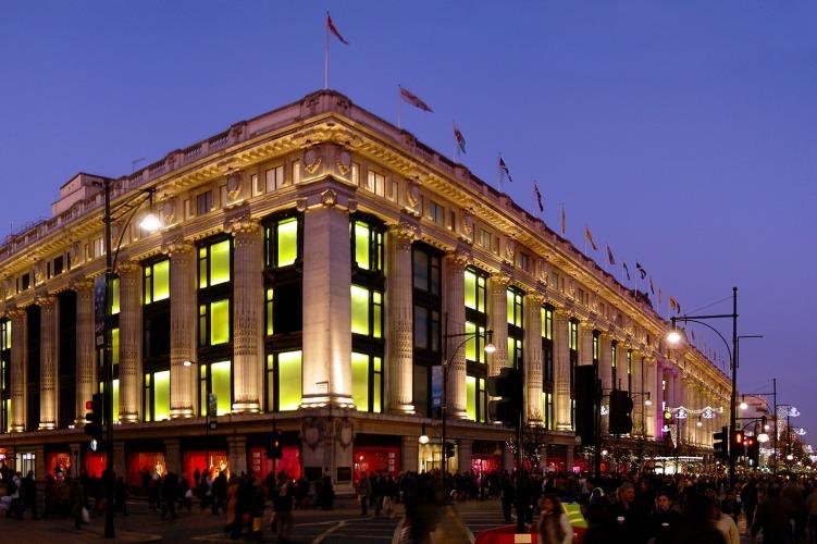 A Selfridges é uma das lojas de departamento mais antigas do mundo. Funciona desde 1909.