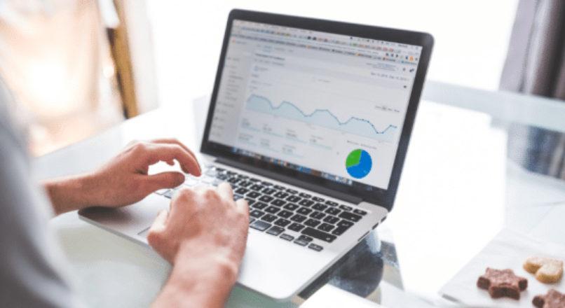 Como ganhar dinheiro com negócios online