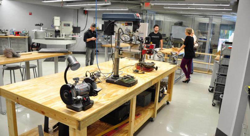 Fab labs: saiba como funciona os laboratórios de inovação