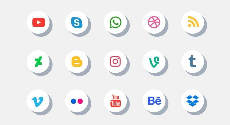 Como manter uma conta comercial nas redes sociais?