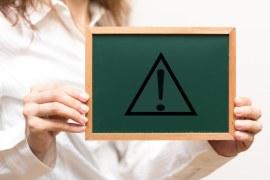Qual a importância das placas de segurança para seus funcionários?