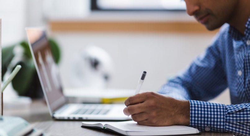 Home office passa a ter jornada de trabalho controlada e infraestrutura fornecida pela empresa