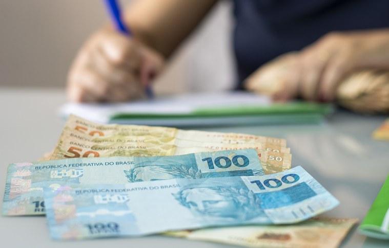 Brasileiro é mais pontual com o pagamento do financiamento de veículo do que com o cartão de crédito