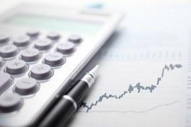 Economia cresce 7,7% no 3º trimestre em meio à incerteza