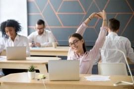 Como a astrologia influencia na produtividade diária do trabalhador