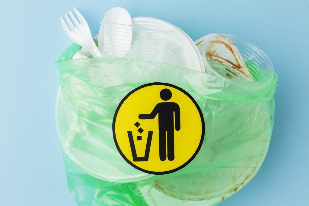 Plastico e Meio ambiente: Resinas termoplasticas Reeciclar