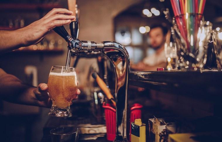 Número de cervejarias cresce quase 15% no Brasil. Confira algumas dicas para ingressar no setor