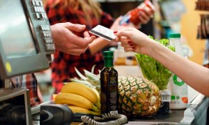 Vale refeição e alimentação: como usar cada benefício?