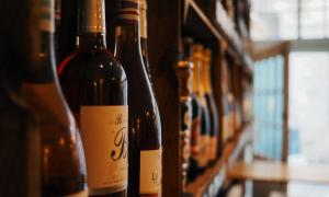 Especialista responde: como escolher um bom vinho?