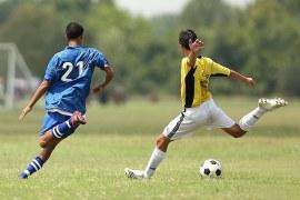 Vale a pena trabalhar como jogador de futebol no Brasil?