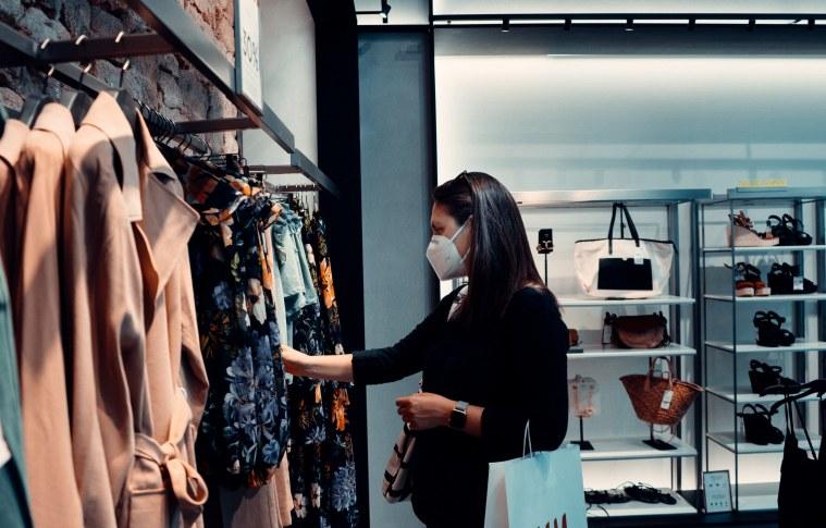 Recuperação das vendas no setor de shoppings retomam níveis de 2019